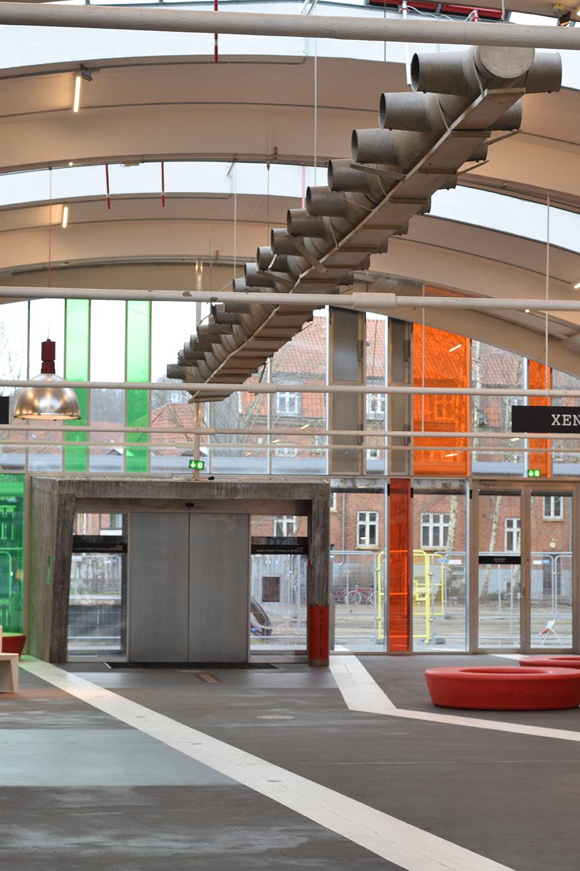 Spinderihallerne i Vejle Vejle kulturmuseum i flotte og historiske bygninger Smuk arkitektur og design Kulturmuseets museumsbutik forhandler lædertasker fra Birkmond