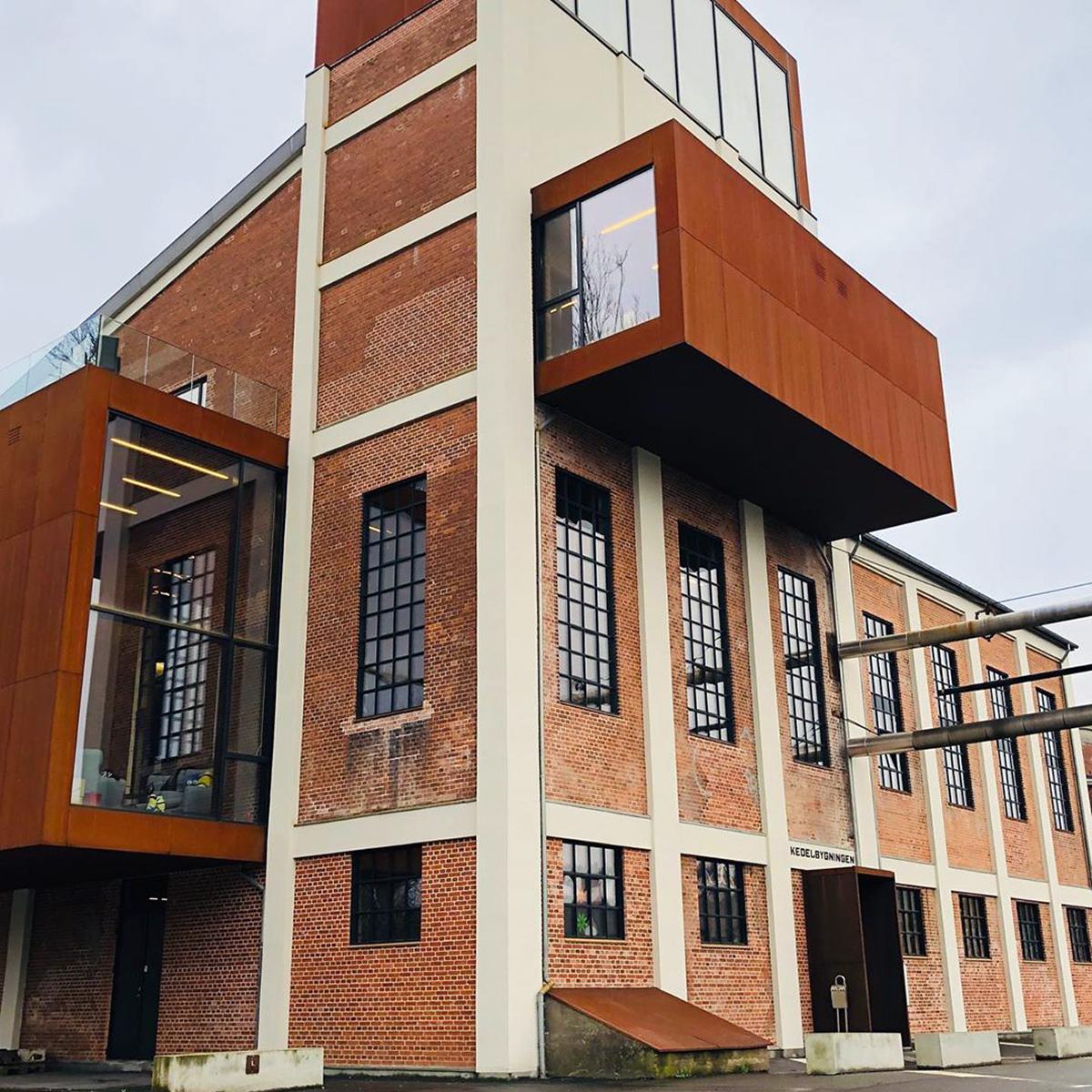 Vejle kulturmuseum i Spinderihallerne Smuk, unik bygning og arkitektur Historiske rammer og unik atmosfære Birkmond lædertasker forhandles hos kluturmuseet