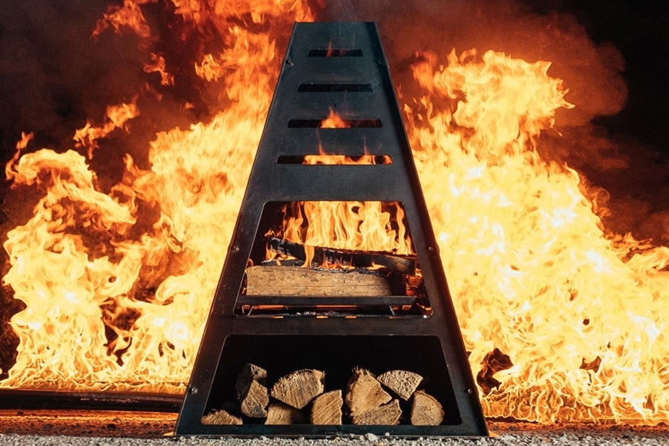 Metal Chiminea with Fire