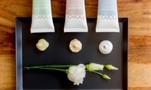 das boep Massageöl ist ein veganes Pflegeöl für Babys und Kinder aus Mandelöl und Jojobaöl