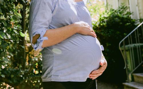 Tipps für die Schwangerschaft und Babypflege im Sommer