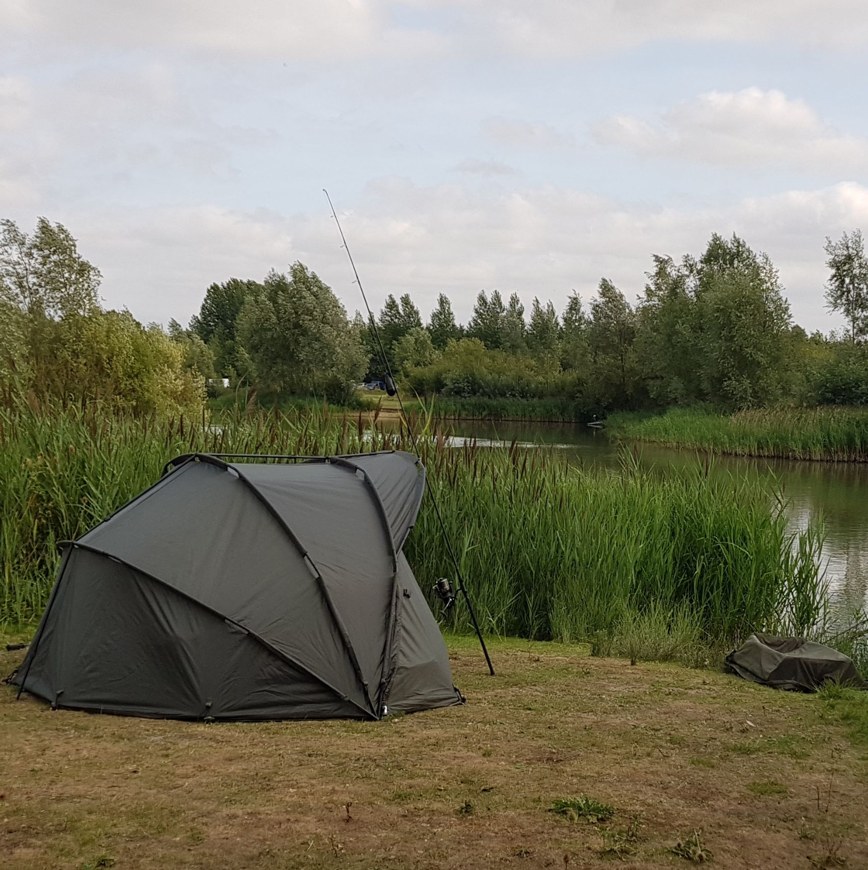 Cyprinus Base Bivvy 1 Man with Ovewrap