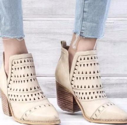 Epethiya Women Shoes