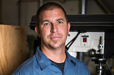 Dennis Galuszka - Fender Custom Shop Master Builder