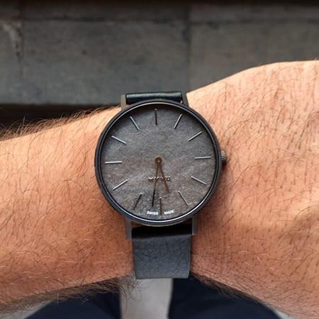 MYKU Obsidian Watch