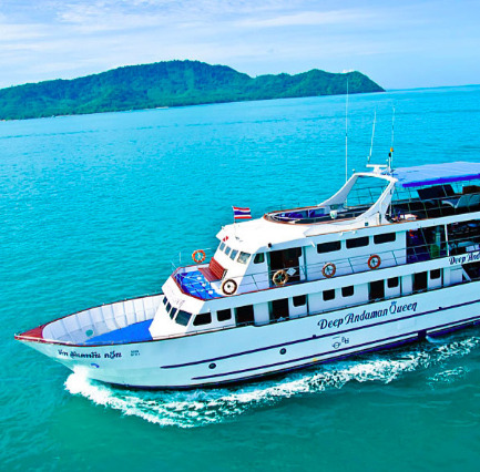 Liveaboards and Scuba Diving Trips in Similan Islands, Thailand