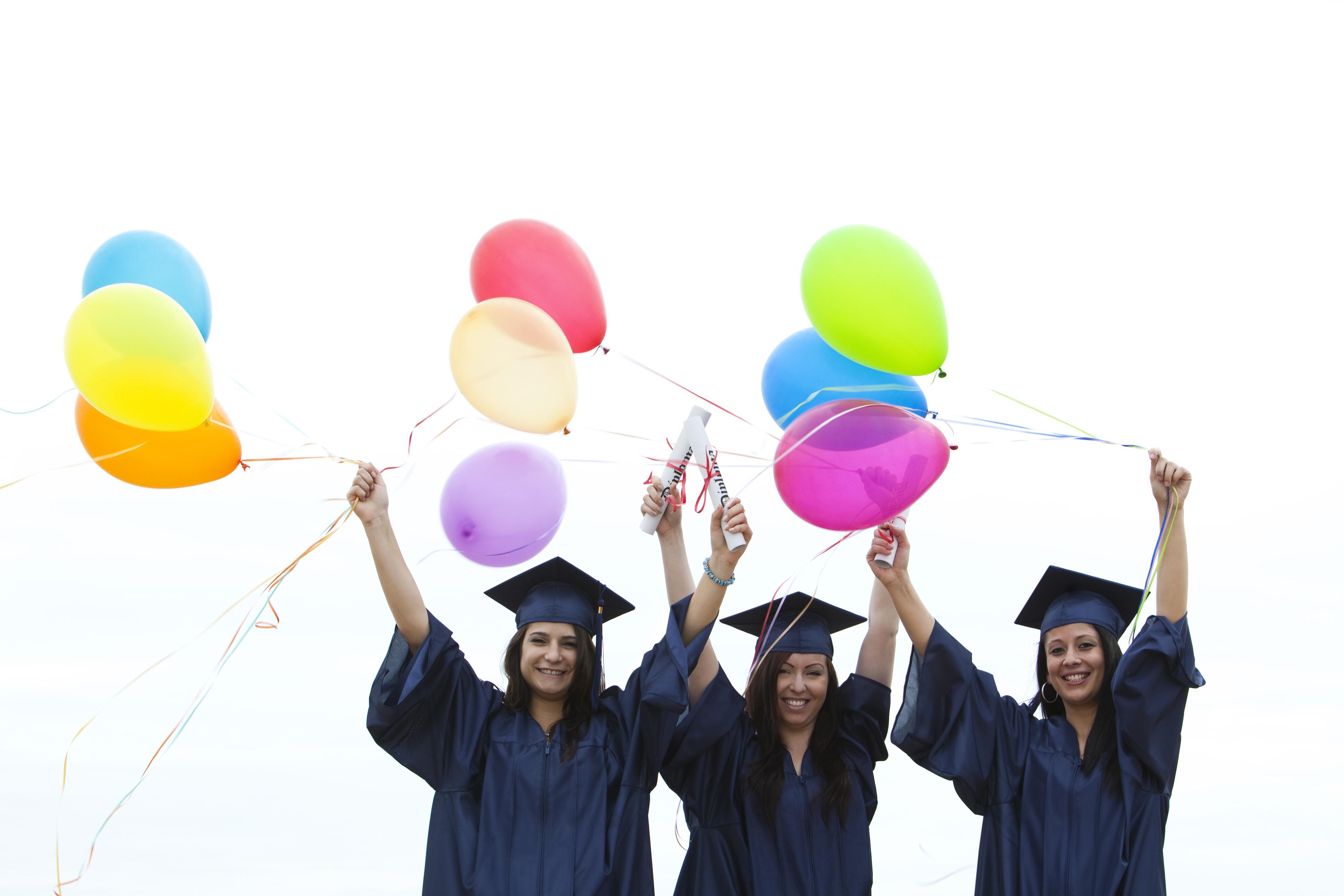 Globos y regalos de graduación