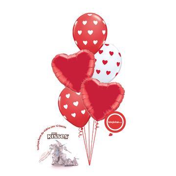 Globos y regalos de amor y enamorados