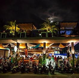 Surf House Kata Beach restaurant