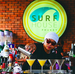 Surf House Bar and kitchen in Patong Beach
