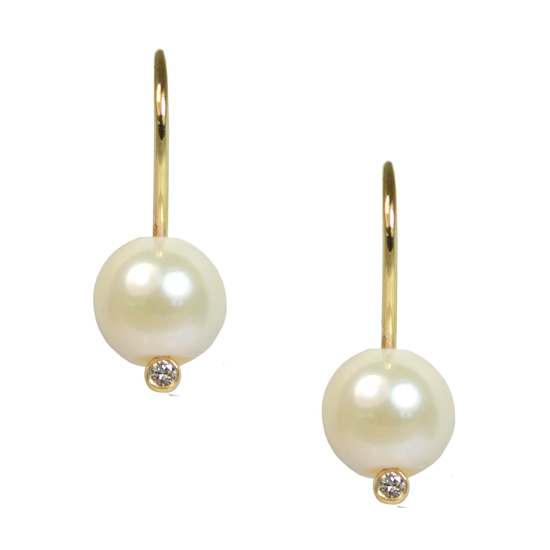 A Girl's Best Pearl Earrings