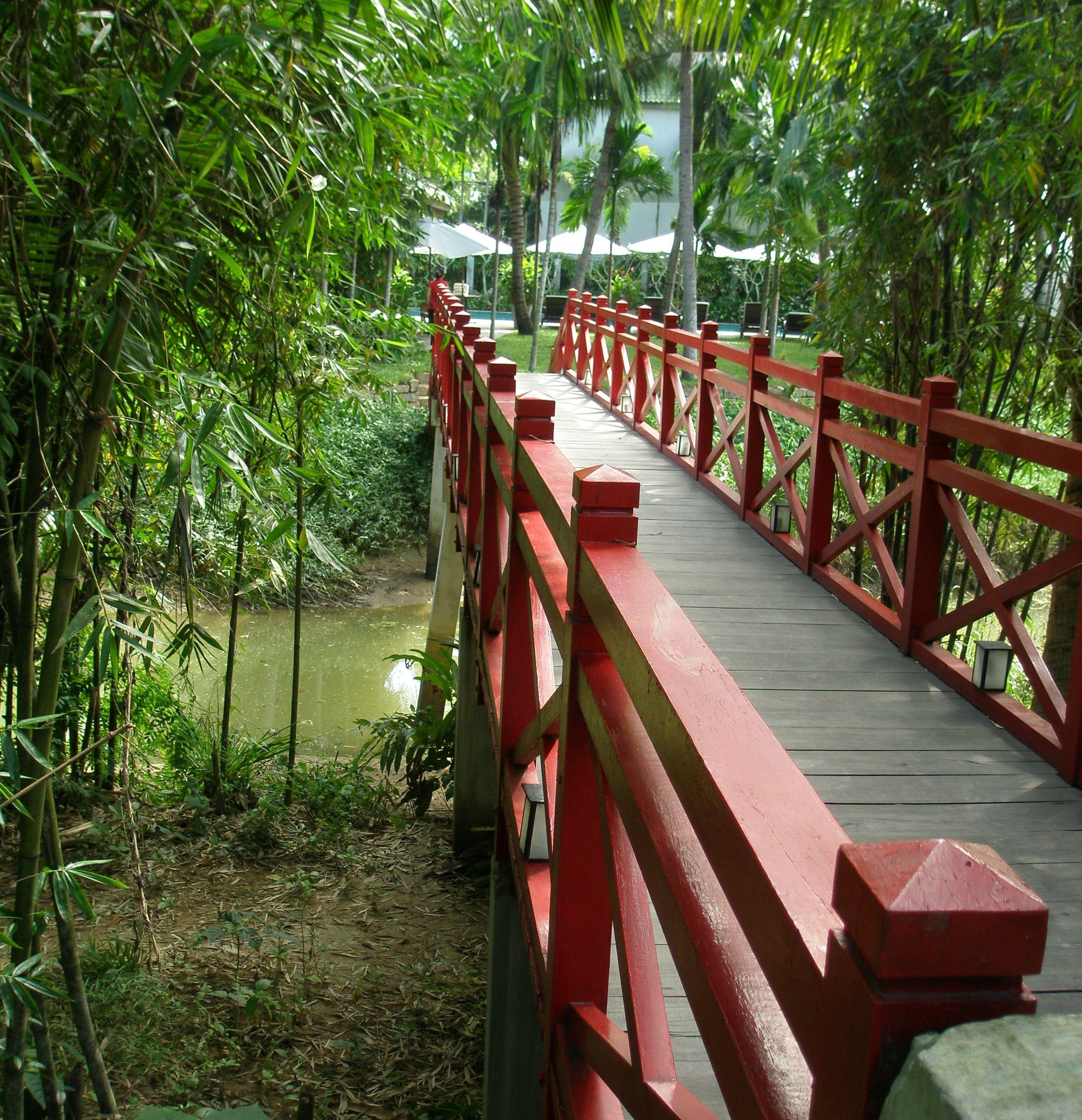 RED BRIDGE COOKING SCHOOL HOI AN