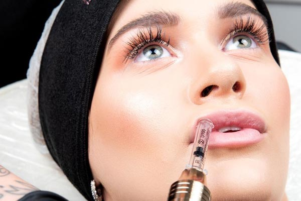 Treatment with hyaluronic pen