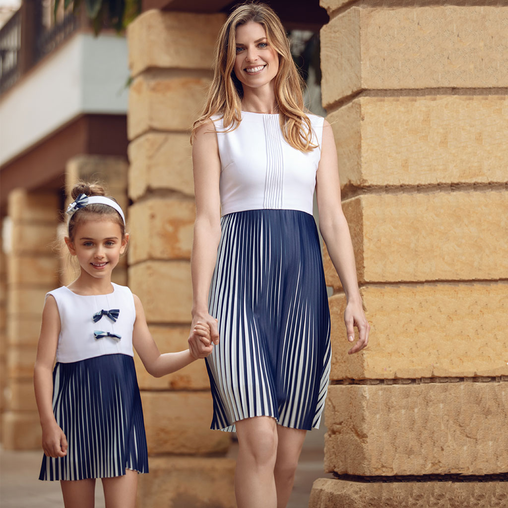 White & Blue Pleated Dress Set by Analogias