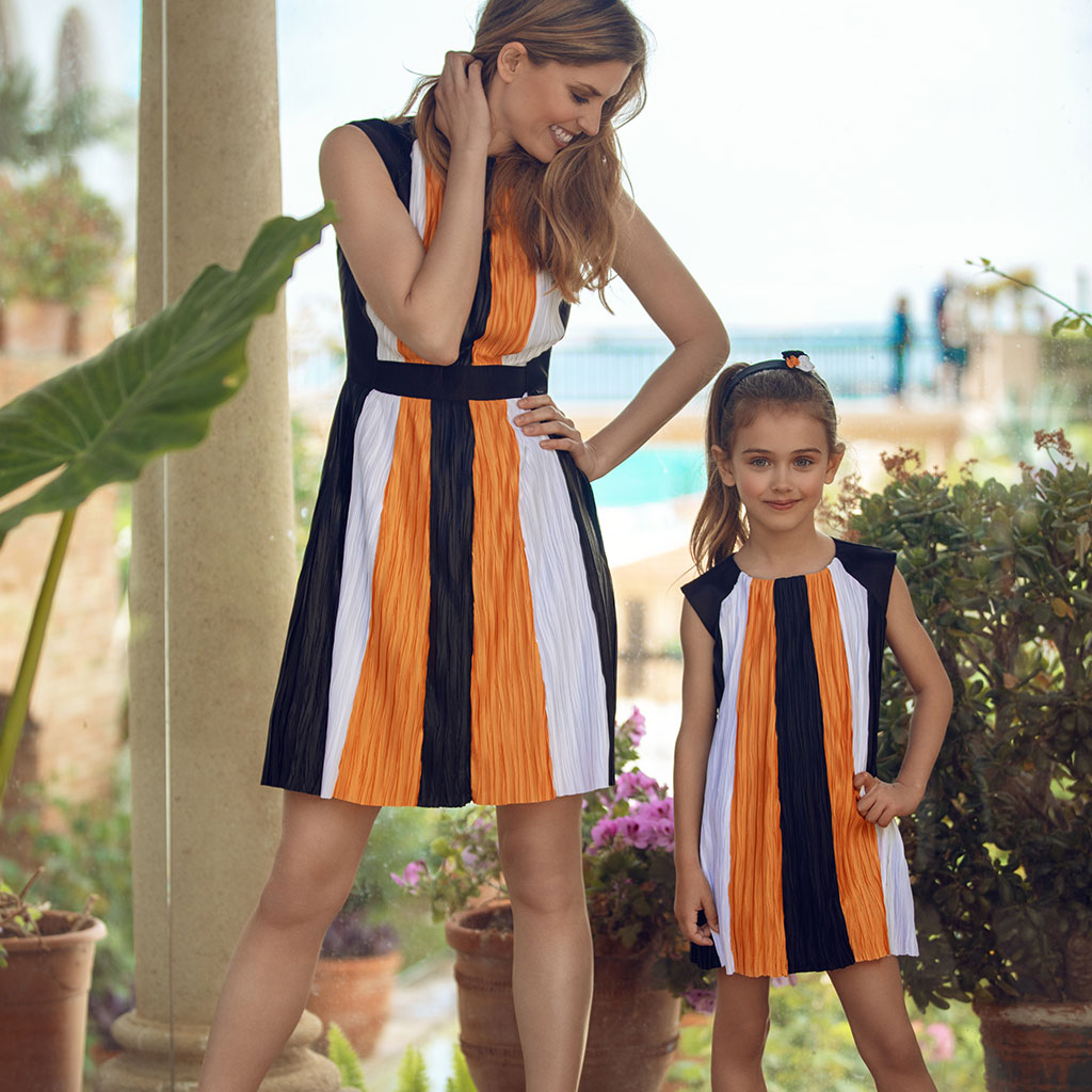 Pleated Tricolour Dress Set by Analogias